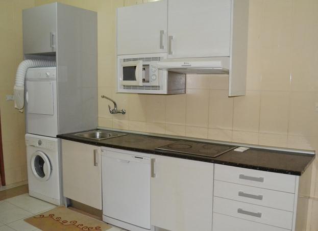 Estupendo apartamento en banap malabo guinea - Cocinas maricarmen ...
