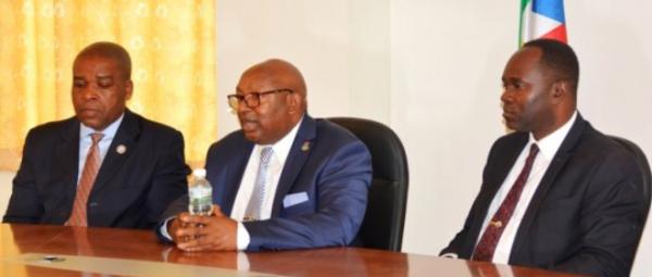 Reunión del presidente de la Cámara de Comercio con las agrupaciones agrícolas