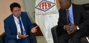 Guinea Ecuatorial pide a YPFB asesoramiento para proyectar petroquímica