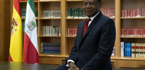 """Miguel Edjang Angué, de economista """"autodidacta"""" a embajador de Guinea"""